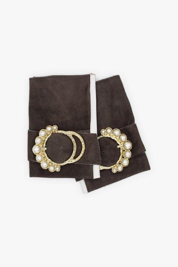 Mitones-piel-perla-gris-blanco-lujo-hebilla-perlas-Armèlle-Spain-1