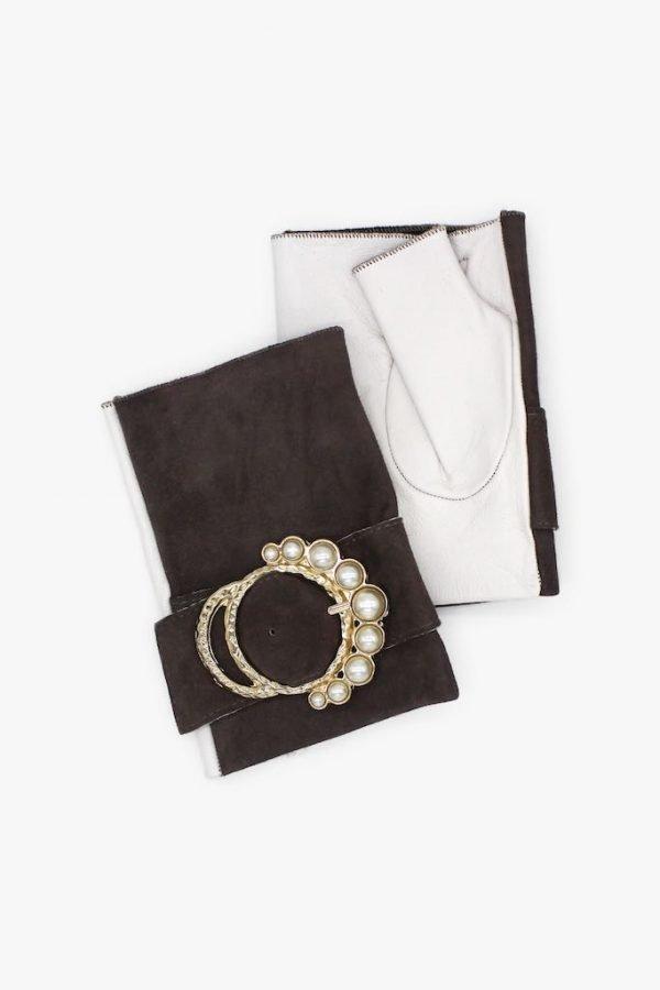 Mitones-piel-perla-gris-blanco-lujo-hebilla-perlas-Armèlle-Spain-2