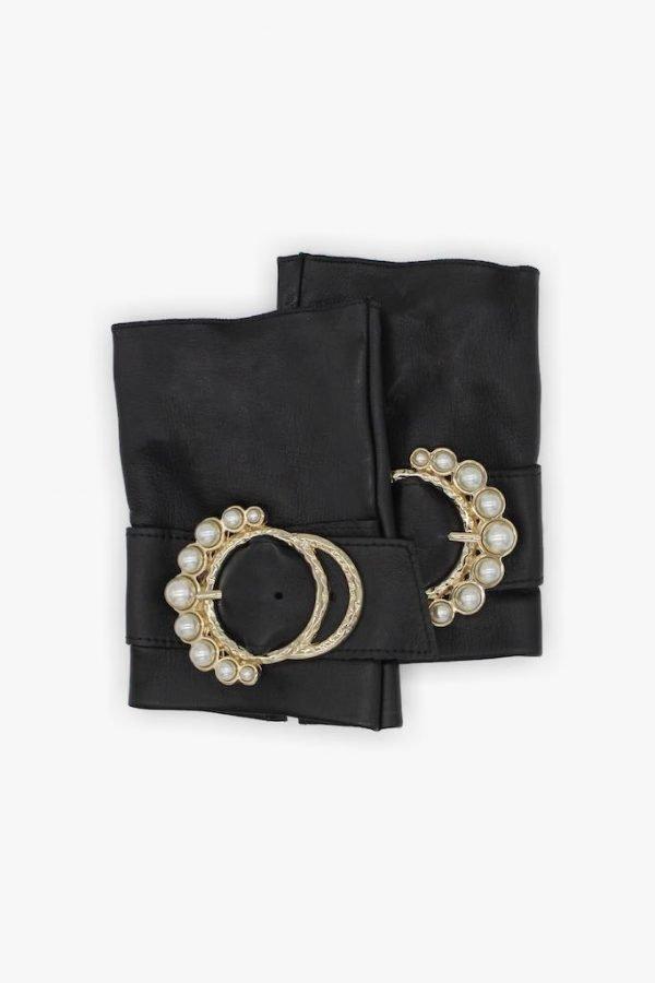 Guantes-sin-dedos-lujo-piel-perla-negro-hebilla-perlas-Armèlle-Spain-1
